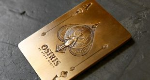Osiris Antique Gold Metal Card