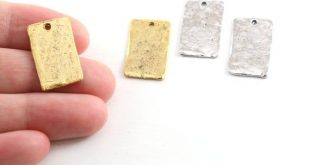 2 Pieces Pewter Metal Textured 21mm x 12mm Stamping Blank Rectangle Wide Bar Pendant Antique Gold, A